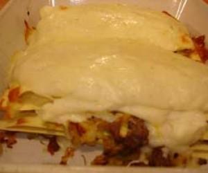 Pırasalı Kıymalı Lazanya Böreği Tarifi