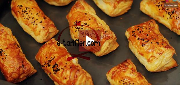 etli milföy börek resmi