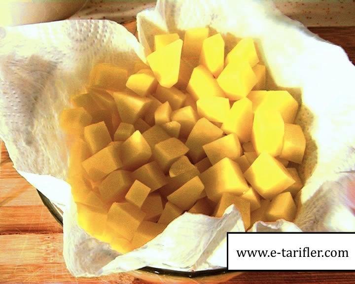 Patatesli Omlet Tarifi 4