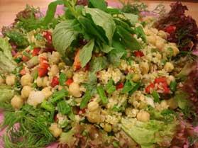 Bulgurlu nohut salatası Tarifi