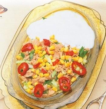 ton balıklı salata, ton balıklı salata fotosu resmi