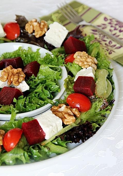 akdeniz salatası Akdeniz Salatası Tarifi