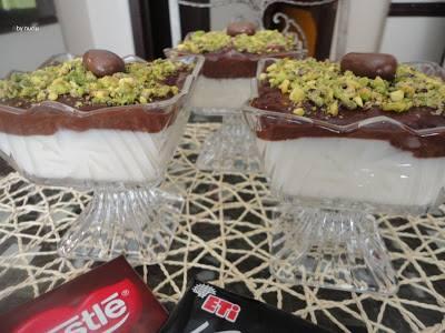 Çikolatalı Sakızlı Muhallebi Tarifi