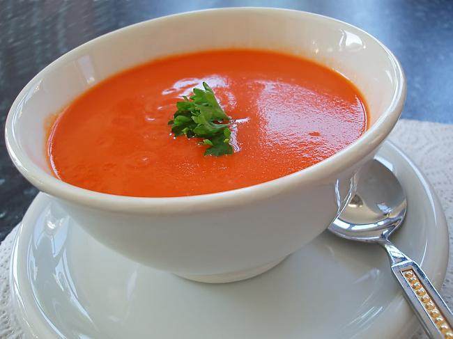 Domates Çorbası Tarifi 1