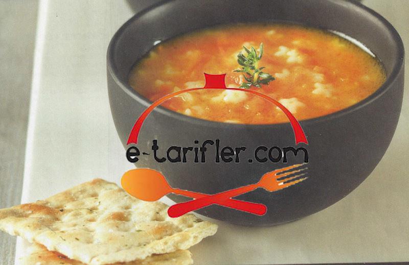 havuçlu şehriye çorbası tarifi resmi