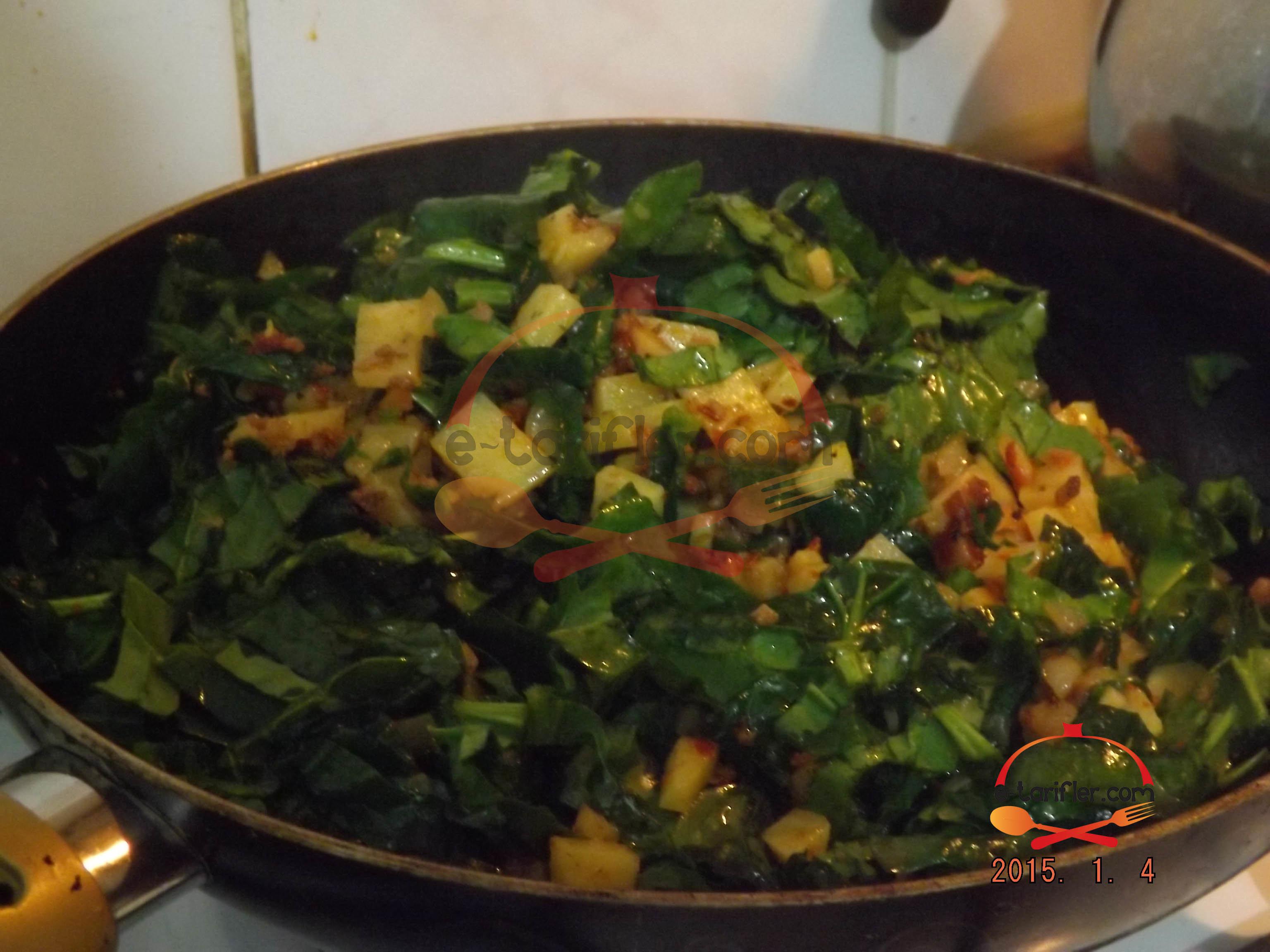 Patatesli ve Ispanaklı Kömbe 4