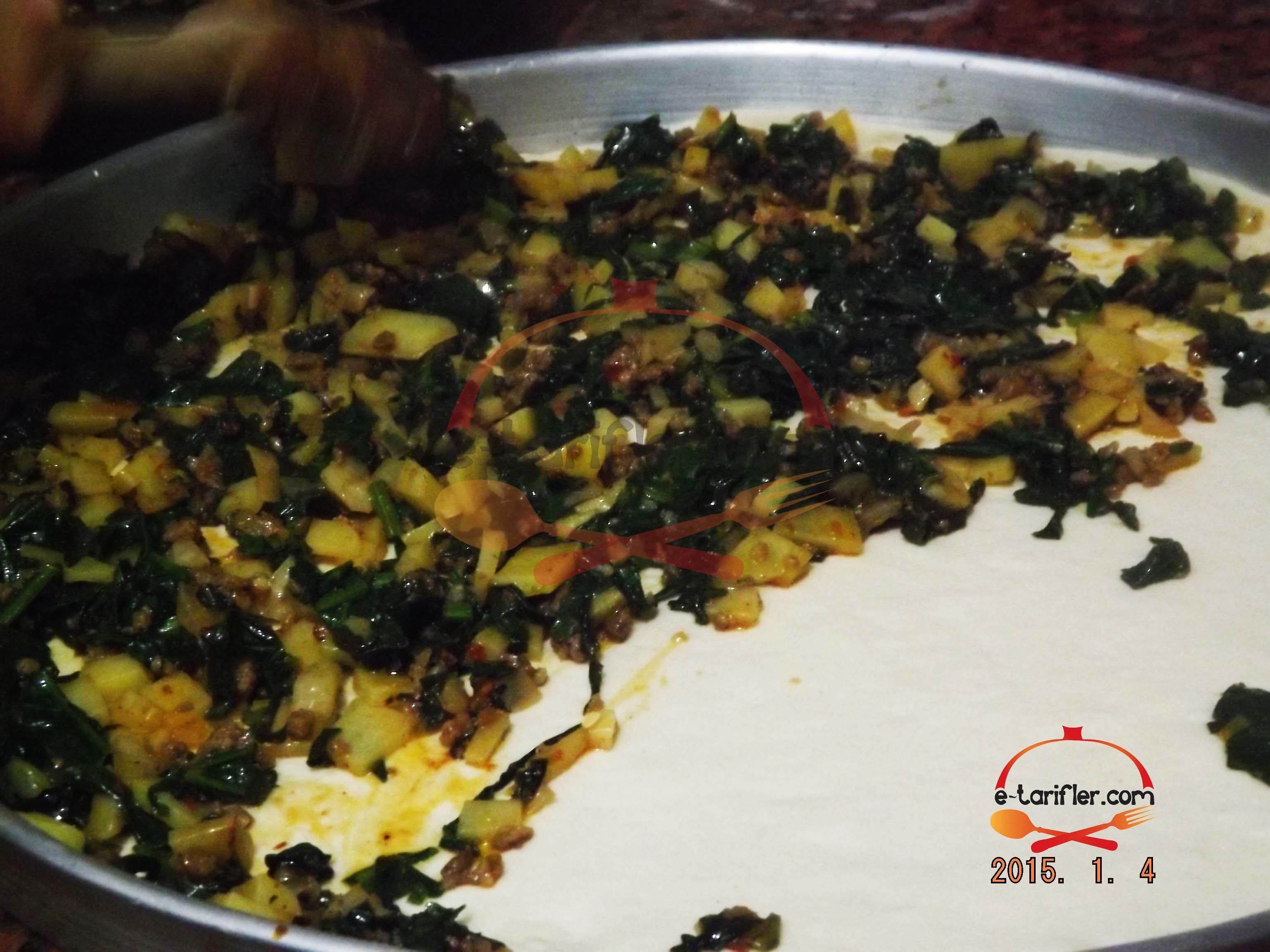 Patatesli ve Ispanaklı Kömbe 5