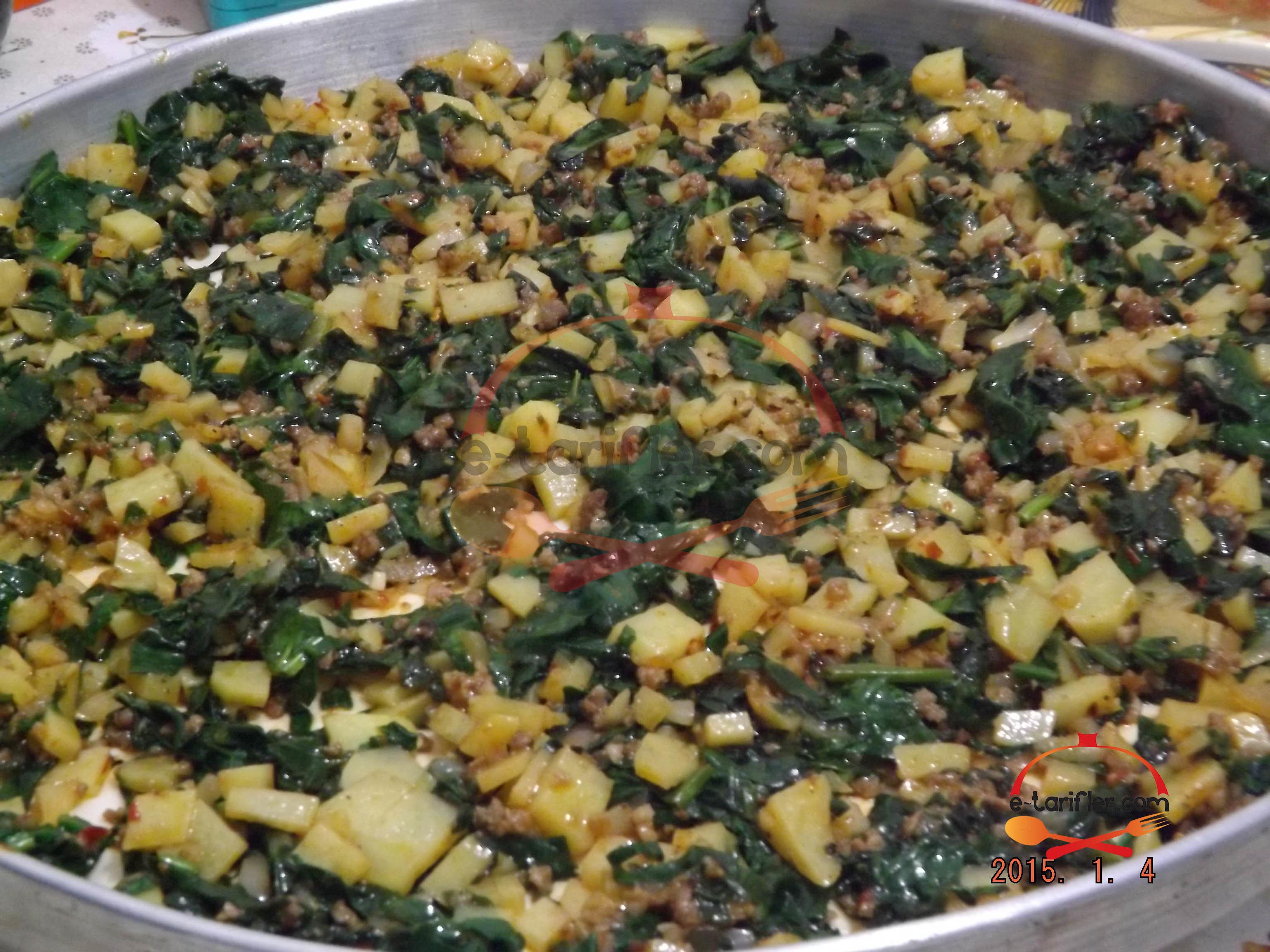 Patatesli ve Ispanaklı Kömbe 6
