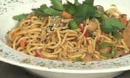 Sebzeli Noodle Tarifi
