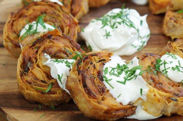 Patatesli Rulo Börek tarifi-resmi
