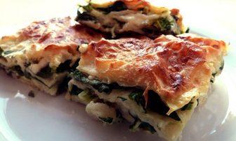 Ispanaklı ve Peynirli Ev Böreği Tarifi