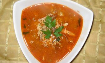 Şehriyeli Tavuk Çorbası Tarifi
